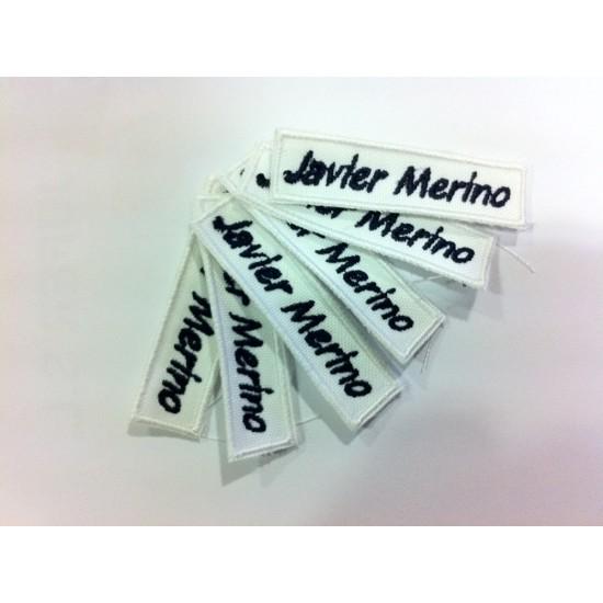 Etiquetas para ropa bordadas