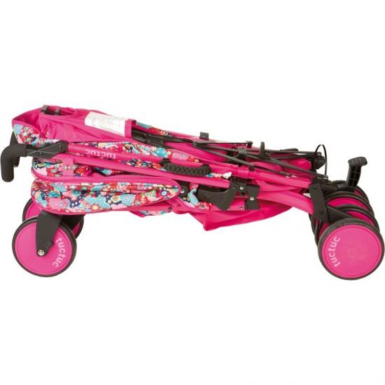 Kimono chair umbrella girl walk-Tuc Tuc